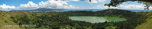 Poster Natuur panorama sur le Lac Dziani à Mayotte