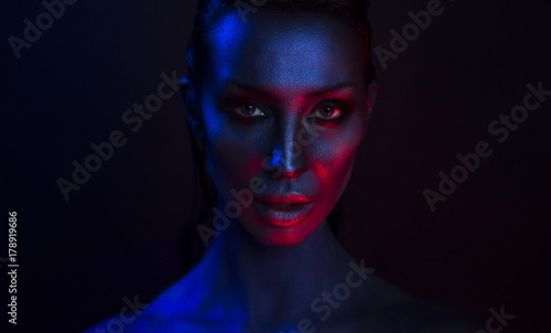 Art Portrait of Beautiful Sexy Young Woman with glamorous mystical makeup Fototapet