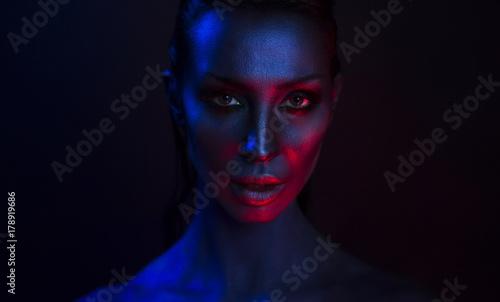 Art Portrait of Beautiful Sexy Young Woman with glamorous mystical makeup Tapéta, Fotótapéta