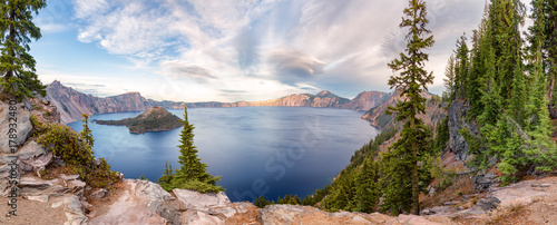 In de dag Zalm Crater Lake National Park panorama, Oregon, USA