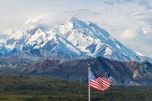 Mount Mckinley With American F...