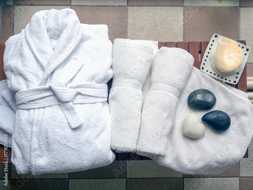 Fotografie, Obraz  Hotel, spa, swimming pool, bathrobe, towels