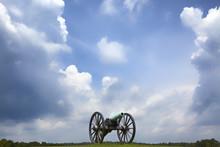 Civil War  Cannon With Storm C...