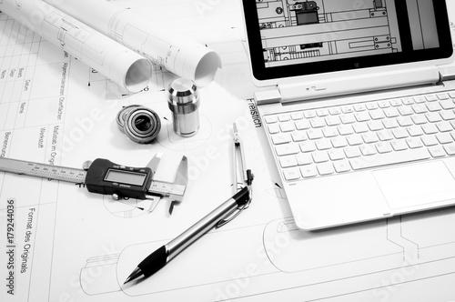 Fényképezés Maschinenbau - Konstruktion, technische Utensilien