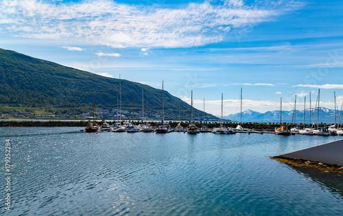 Photo  Beautiful harbour view in Tromso town, Norway, Scandinavia