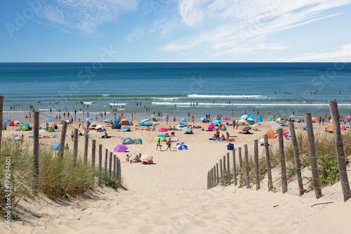 Obraz Cap Ferret -Dune, Plage, Océan, Touristes en vacances d'été - fototapety do salonu