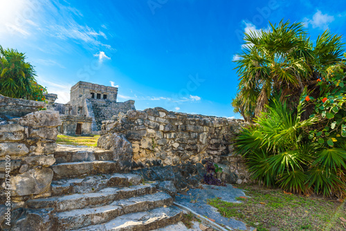Poster Rudnes Temple ruins in Tulum of the Ancient Maya Archeological Site in Yucatan, Riviera Maya, Mexico