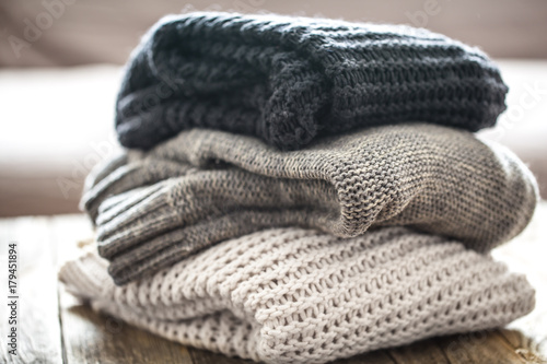 Fotografía  stack of cozy knitted sweaters