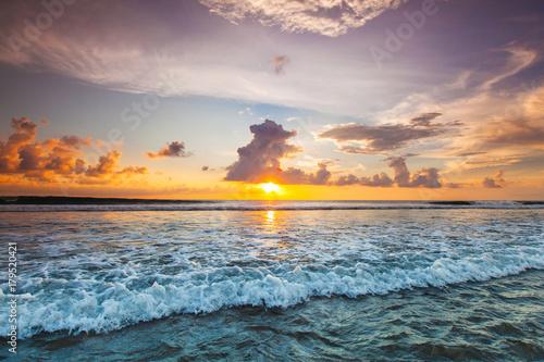 Plakat Zachód słońca nad oceanem