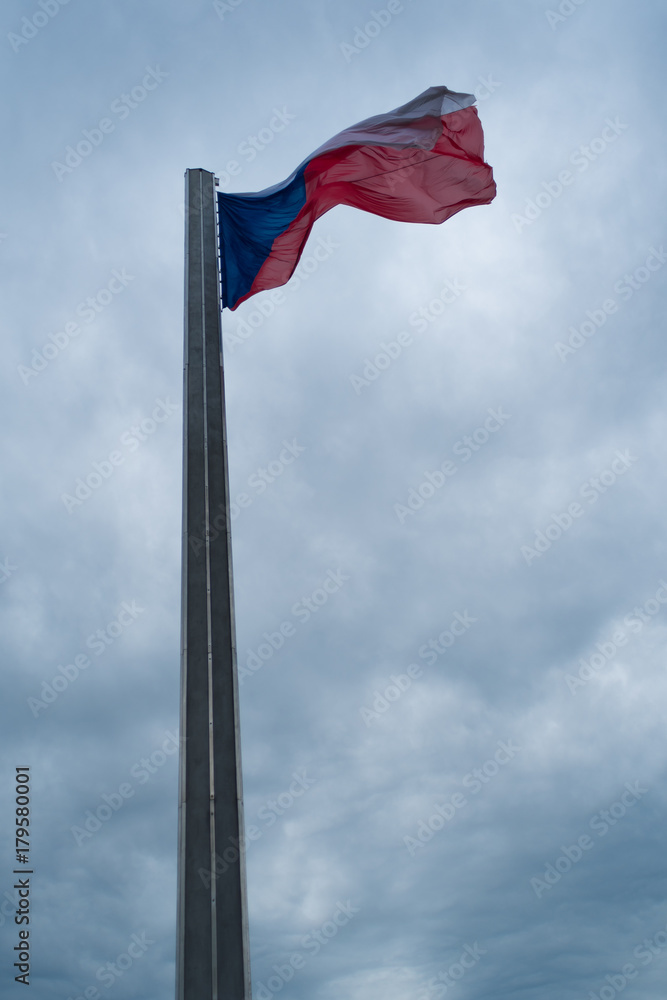 Czech Republic flag on the high column under cloudy sky Foto, Poster ...
