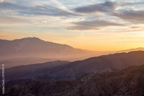Printed kitchen splashbacks Beige Colorful sky above a desert mountain landscape scene in California