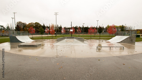 Photo Rainy Skatepark Wide View