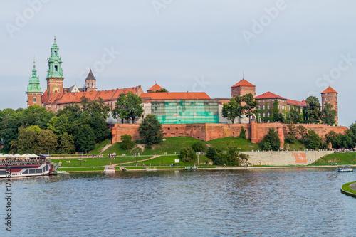 Spoed Foto op Canvas Krakau Vistula river, in front of Wawel castle in Krakow, Poland