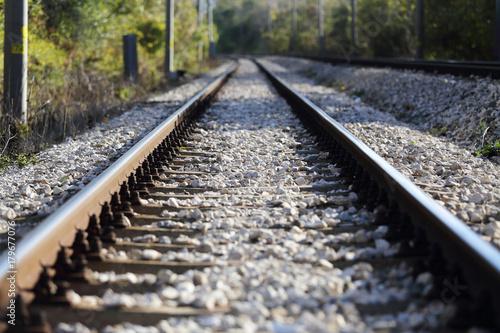 Staande foto Spoorlijn railroad tracks view