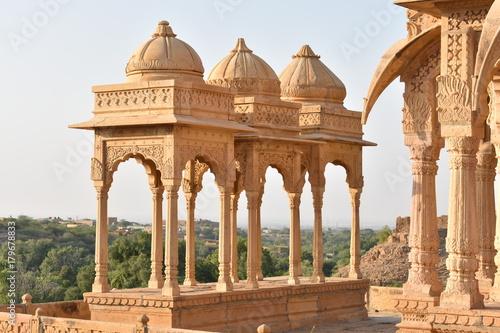 Cadres-photo bureau Monument beautiful ancient cenotaphs of rawal kings in bada baagh jaisalmer rajasthan india