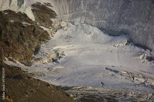 Fotobehang Gletsjers ghiacciaio alpino nel Parco Nazionale del Gran Paradiso
