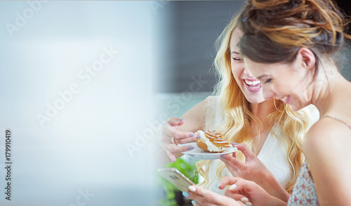 Printed kitchen splashbacks Artist KB Beautiful girlfreinds enjoying sweets during the summer day