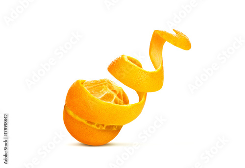 Fotomural orange with cut out skin in the form of a spiral , isolated on white background