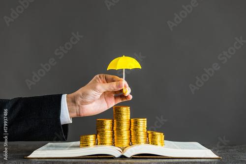 Photo 金貨と傘,保護