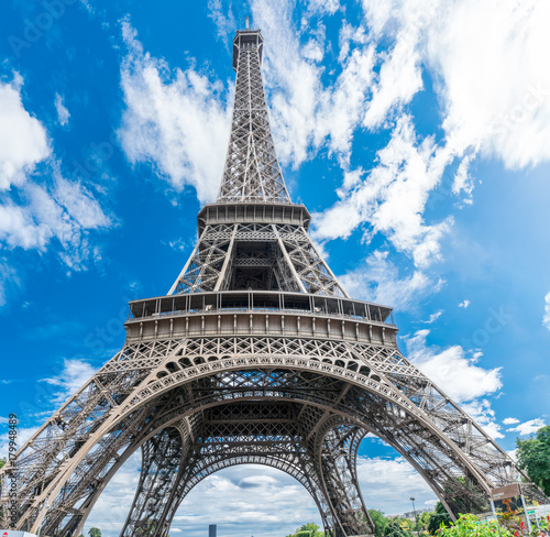 Poster Tour Eiffel Eiffel tower in the summer time. Low angle view. 28/07/2017 Paris.France.