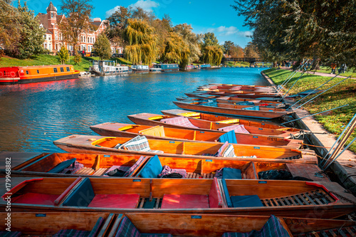 Canvas Print Fall color of River Cam in Cambridge