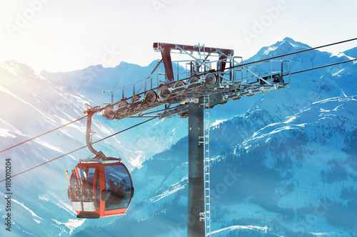 Photo sur Toile Gondoles Skilift in den Tiroler Alpen