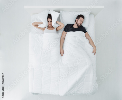 Photo Sleeping with a snorer