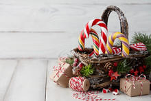 Christmas Wicker Basket With S...