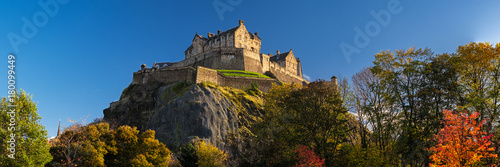 Photo Edinburgh Castle, one of the most famous landmark of Scotland