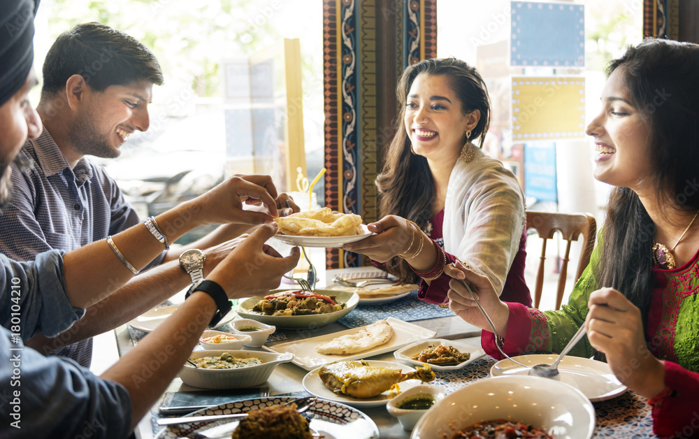 Fototapety, obrazy: A group of Indian people is having lunch together