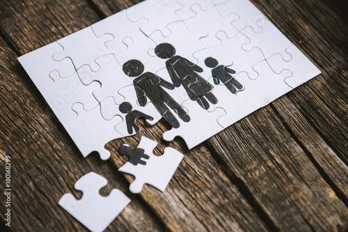 Fotografía  Family concept, puzzle.