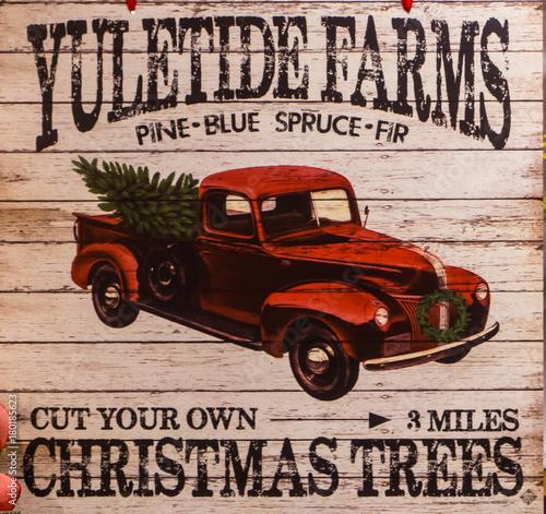 A Vintage Christmas Sign Kaufen Sie Dieses Foto Und Finden Sie