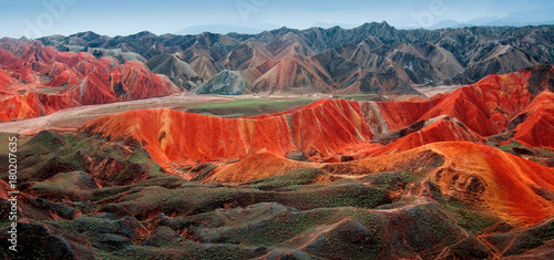 Poster Diepbruine panorama of rainbow-mountain in Zhangye Danxia Landform Geological Park in China