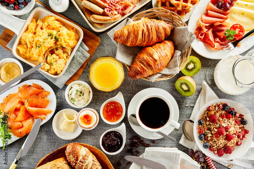 Stampa su Tela Large selection of breakfast food on a table