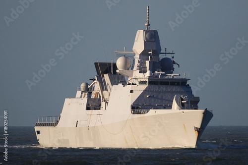 Fototapeta Okręt wojenny w Rotterdamie