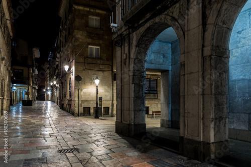 Foto op Plexiglas Barcelona Night in the old Spanish city of Aviles, Asturias