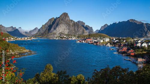 Plakat Reine na Lofotach w Norwegii