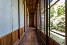 日本家屋の廊下  Corridor Of The Old Japanese House
