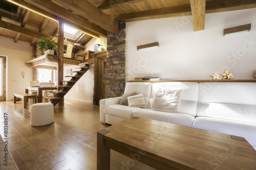 chalet style modern flat in wood © Federico Rostagno