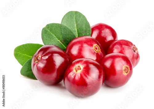 Foto op Aluminium Vruchten Cranberry with leaf isolated on white background closeup macro