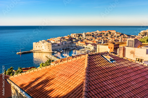 Photo  Dubrovnik rooftops morning scenery