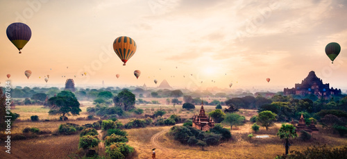 Recess Fitting Balloon Hot air balloon over plain of Bagan in misty morning, Myanmar