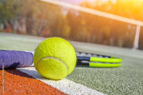 macro tennis ball and racket on hard court Tableau sur Toile
