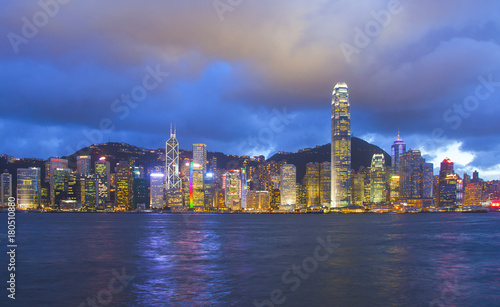 Obraz na dibondzie (fotoboard) Panoramiczny widok na panoramę Hongkongu. Chiny