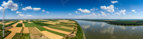 Foto op Plexiglas Luchtfoto Aerial panorama of fields and Danube