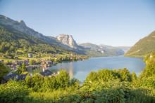 Idyllischer Bergsee Im österreichischen Salzkammergut