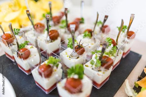 Fototapeta Finger food aperitivo per evento, matrimonio, cerimonia