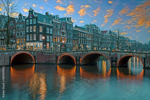 Photo  City scenic from Amsterdam in the Netherlands at sunset