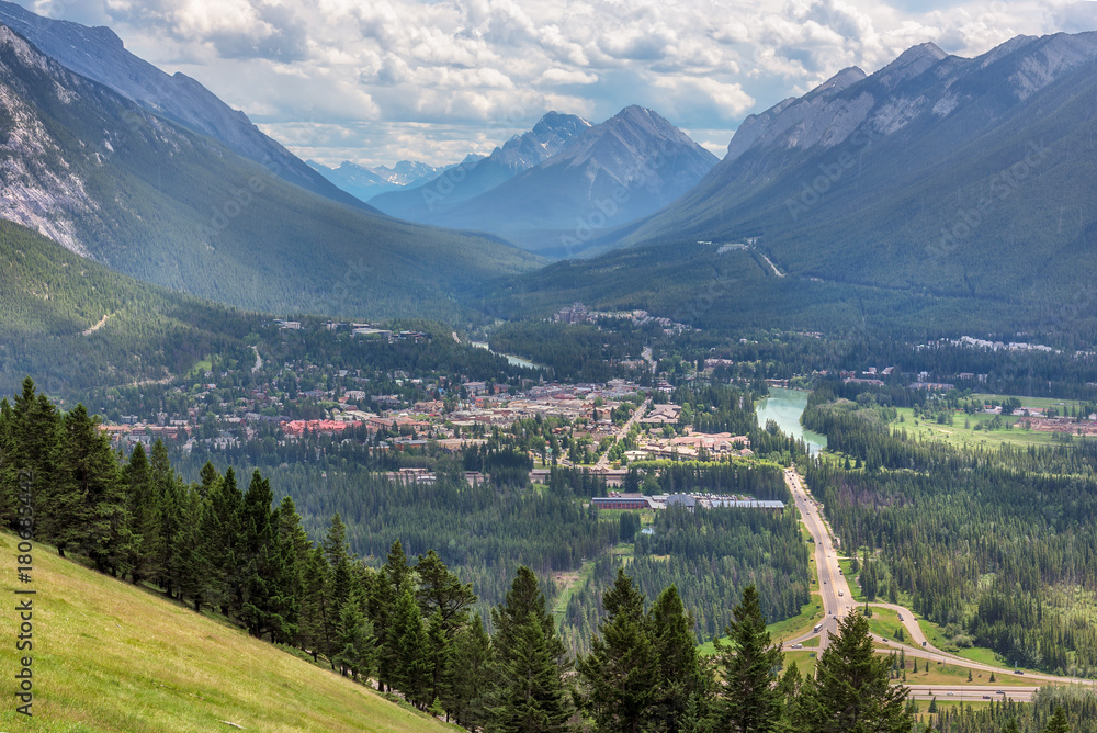 Fototapeta Banff town in the valley between the mountains, Alberta, Canada.