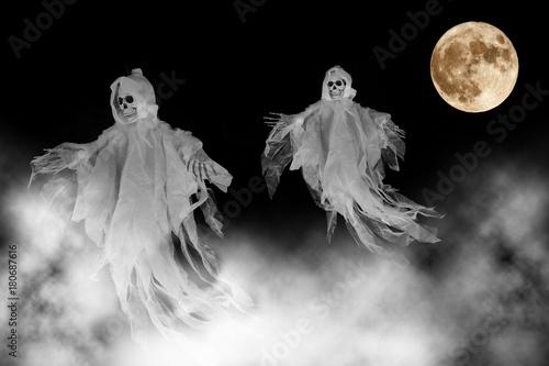 Geisterstunde zu Halloween Wallpaper Mural